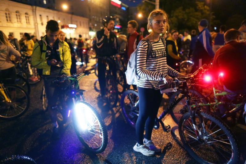 Порядка 20 тысяч человек примут участие в Ночном велопараде в Москве