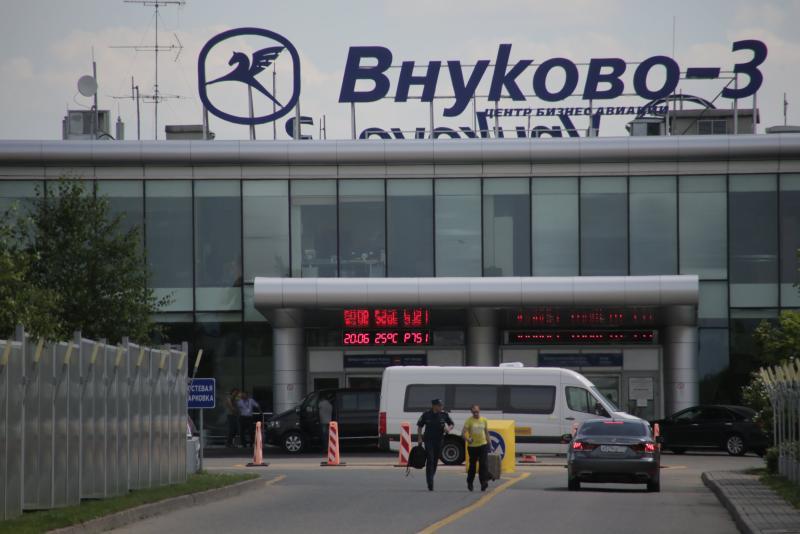 Московские аэропорты задержали и отменили около 40 вылетов