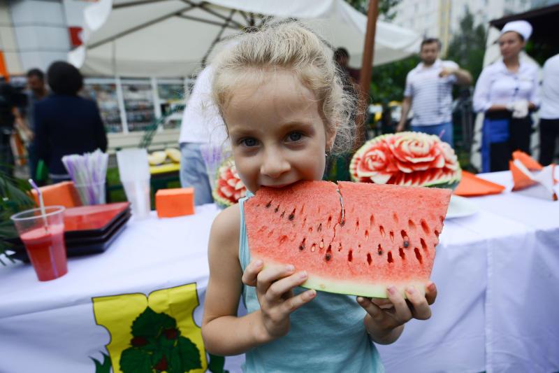 Более 20 точек продажи арбузов откроют в Новой Москве