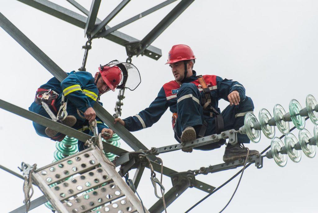 Замена изоляции на линиях электропередач началась в Новой Москве