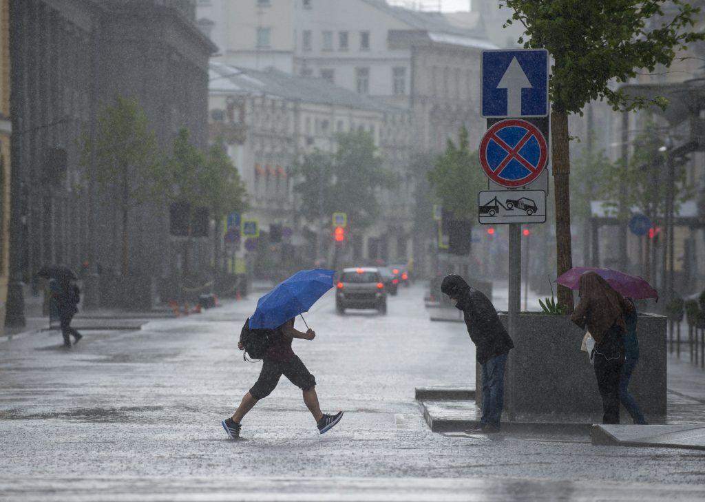 Гроза с ливнями придет в Москву 14 августа