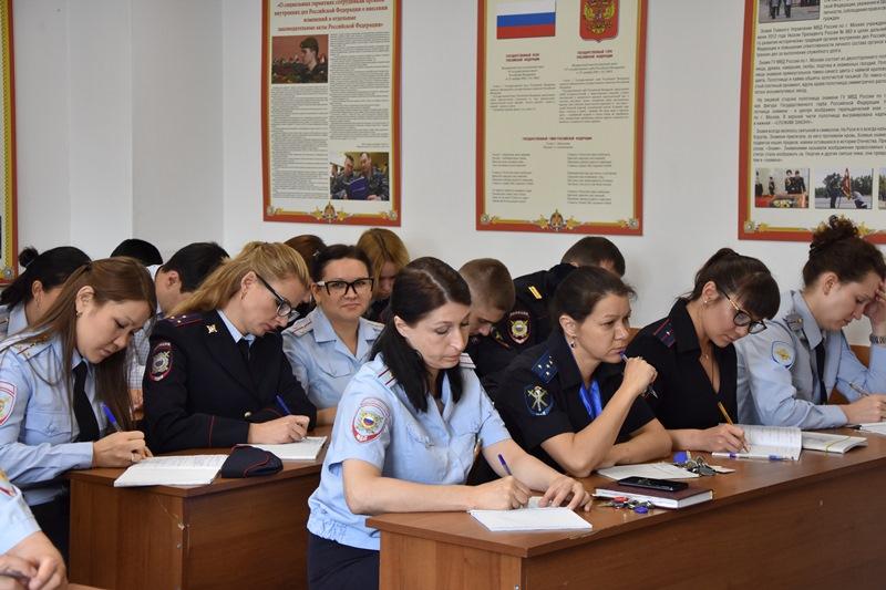 Общественники посетили отдел полиции «Коммунарский»