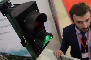 Умные светофоры появились в Москве