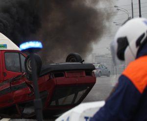 Полиция работает на месте массового ДТП в Южном округе Москвы