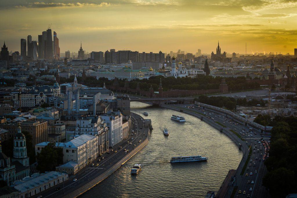 В среду над Москвой будет светить солнце