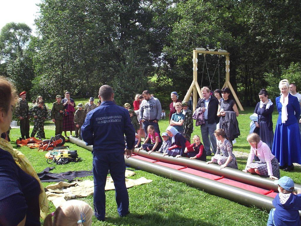Профилактическое занятие провели спасатели в Кленовском
