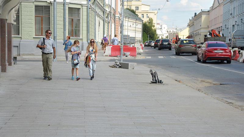 Благоустройство Петровки и Большой Лубянки в центре Москвы подходит к концу