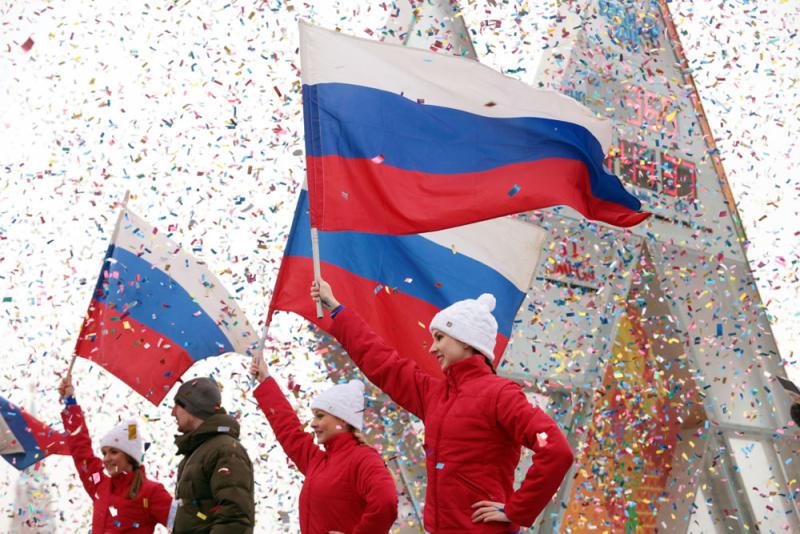 Белый, синий, красный: юным жителям Марушкинского расскажут о флаге России