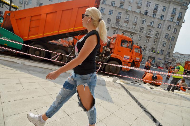 На нескольких улицах в центре Москвы уложат асфальт