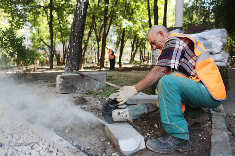 Программа «Моя улица»: пять дворов благоустроили в Кокошкино