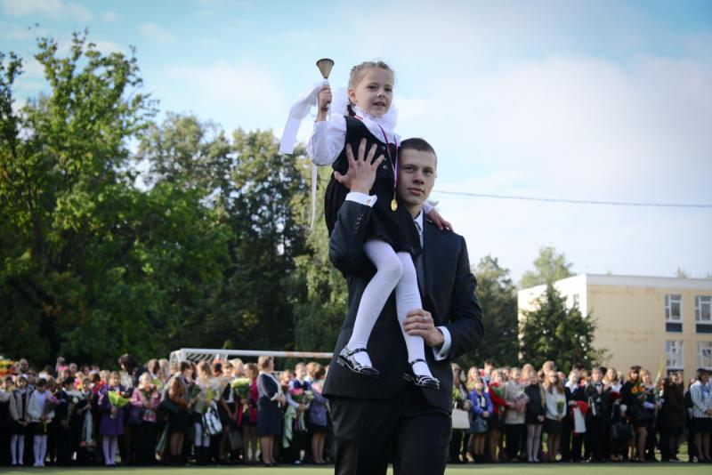 Спасатели и пожарные обеспечат безопасность новомосквичей в День знаний