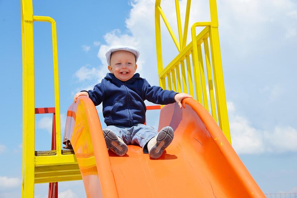 Территорию для создания детской площадки подготовили в Марьине