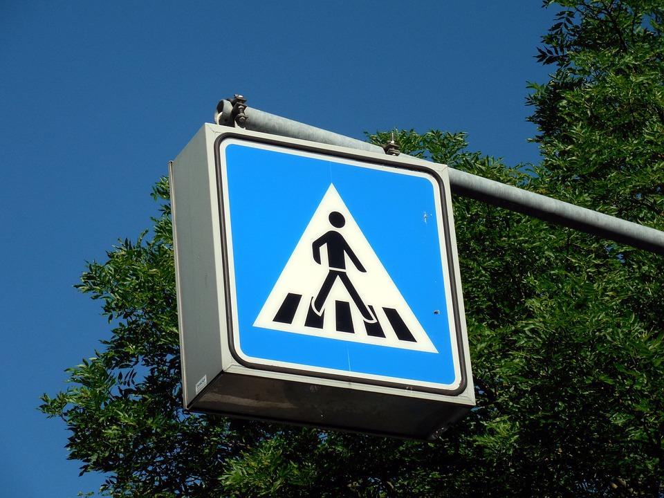 Новый знак «Пешеходный переход» установили в Марушкинском