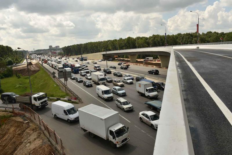 Дорожная полиция предупредила водителей о закрытии съезда
