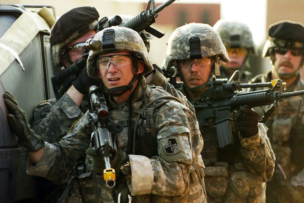 Американских военных крупно обокрали в Польше
