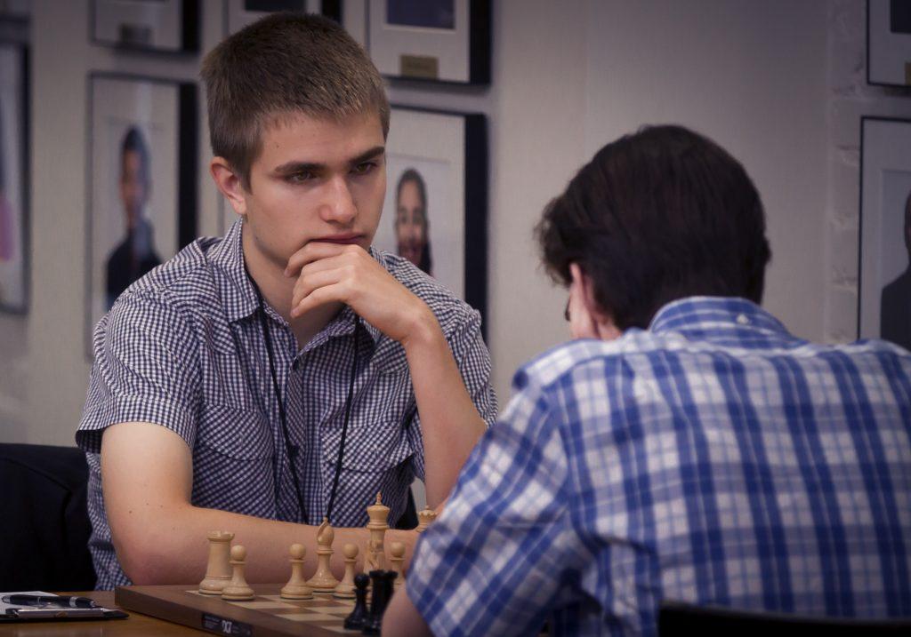 Шах и мат, Интеллектуалы