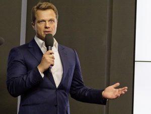 Максим Ликсутов заявил о возможном изменении формата дорожных снаков