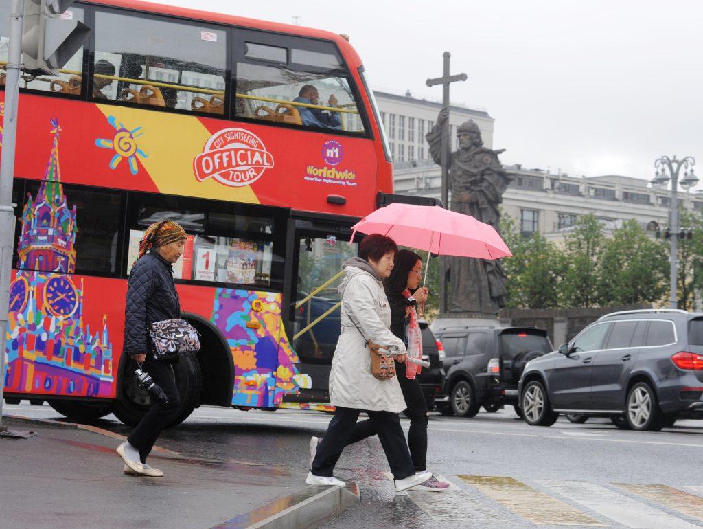Москва организует «профильные» парковки для автобусов с туристами