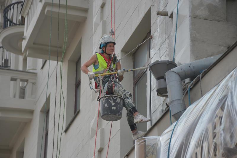 Фасады домов в Кокошкино отремонтируют до 8 сентября