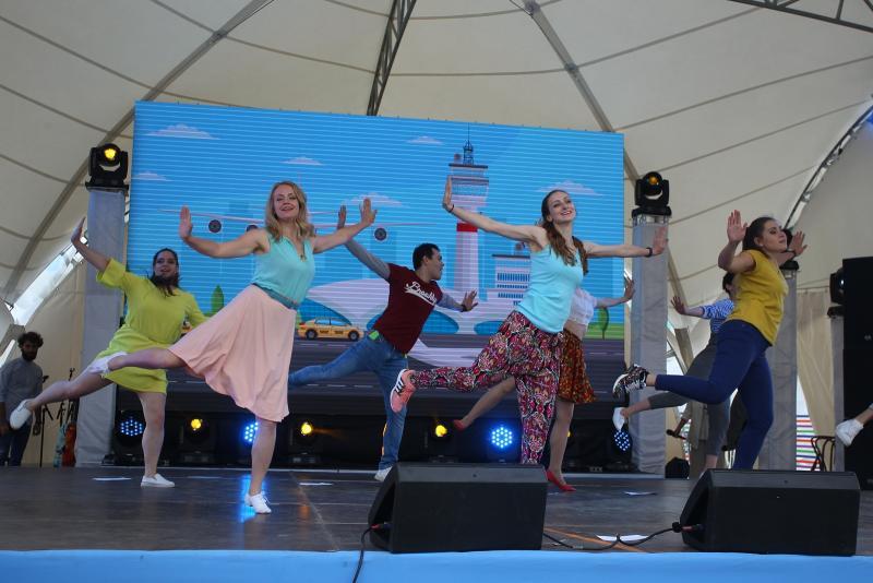 Фестиваль «Радуга»: творческая молодежь выступит перед новомосквичами