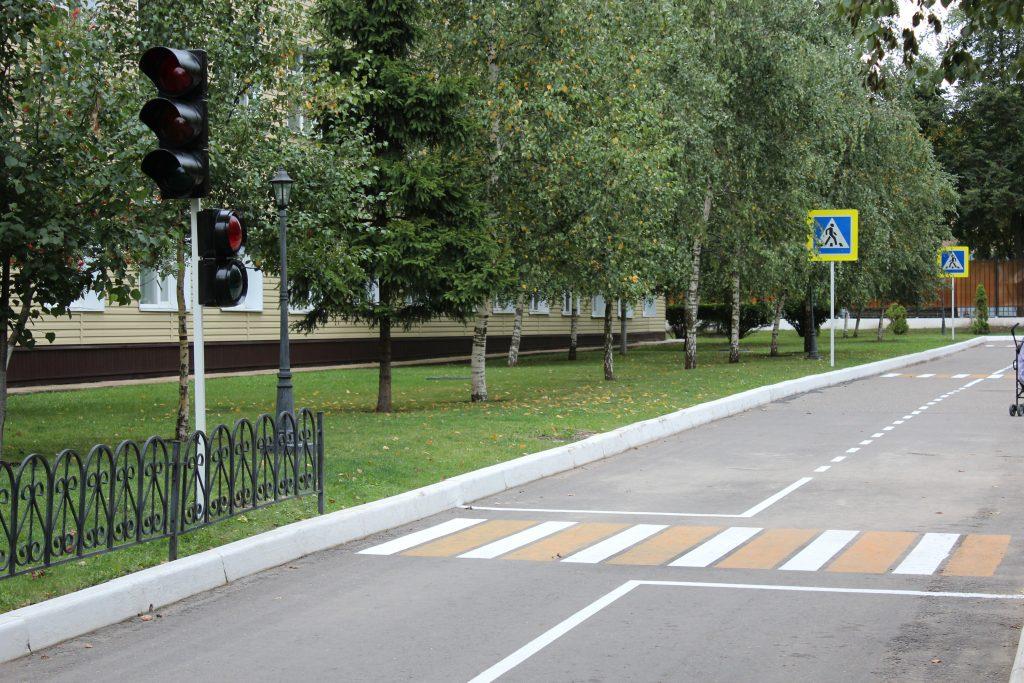 Игровой городок построили в Мосрентгене