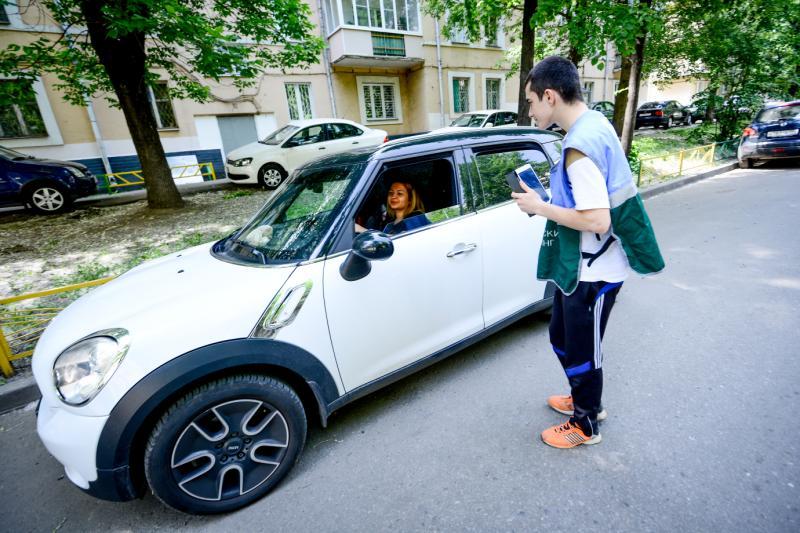 Новые парковки обустроят в Краснопахорском