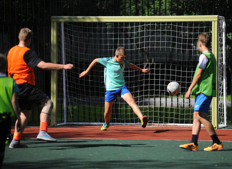 Спортивную площадку в Краснопахорском построят к концу сентября