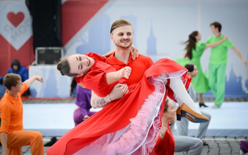 День пожилых людей и праздник музыки: новомосквичей ждут увлекательные выходные