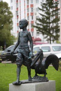 Установили новые скульптуры и другие элементы благоустройства. Фото: Владимир Смоляков