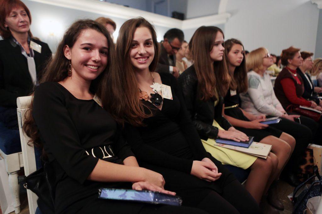 Москва создает карьерные лифты для талантливой молодежи