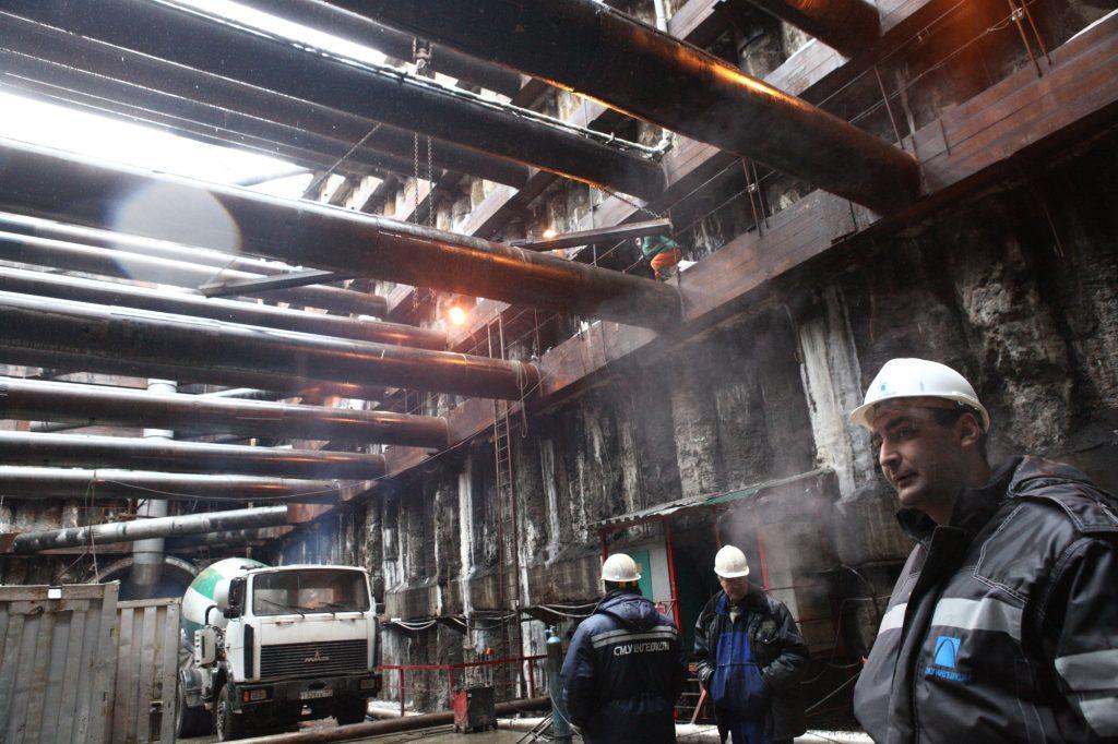 Дмитровское и Боровское шоссе Москвы перекрыли из-за строительства метро
