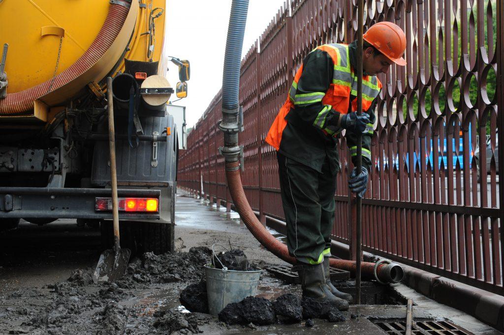 Ливневую канализацию отремонтируют в Марушкинском