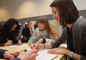 """Школьникам предложили работу на карьерном форуме. Фото: архив, """"Вечерняя Москва"""""""
