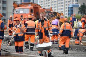 Более 200 километров дорог построят в Москве за три года
