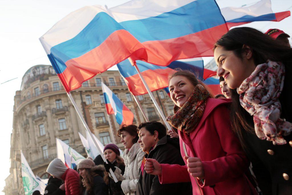 Продажу спиртного в Москве ограничат на День народного единства