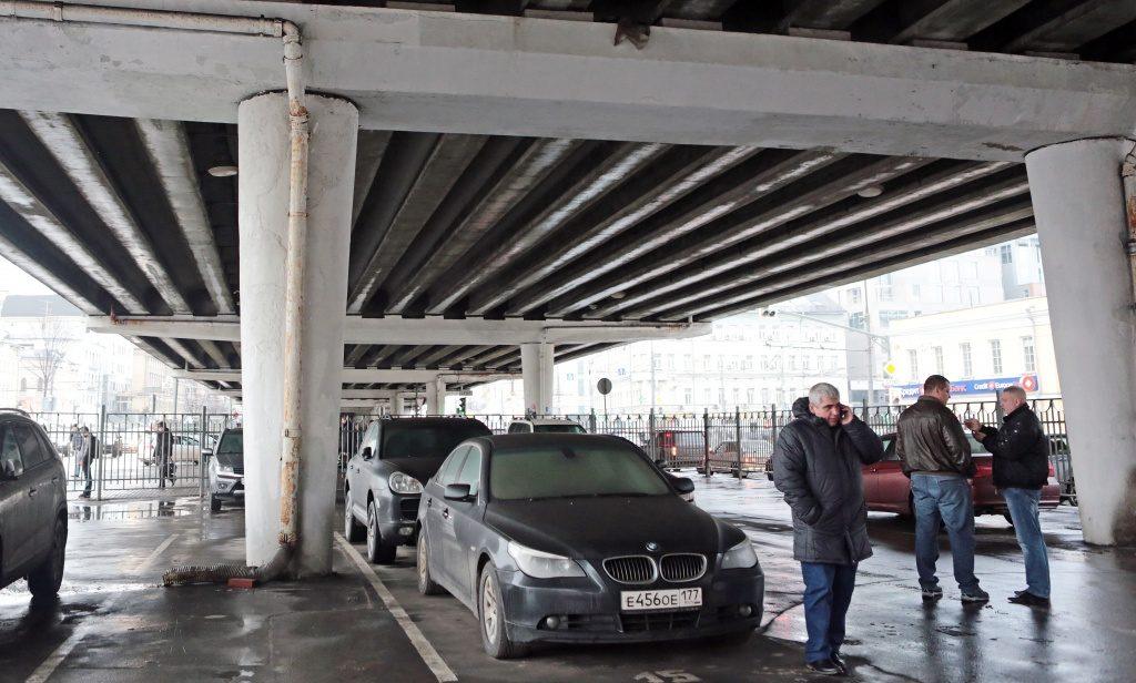 Парковочную зону расширят в Краснопахорском
