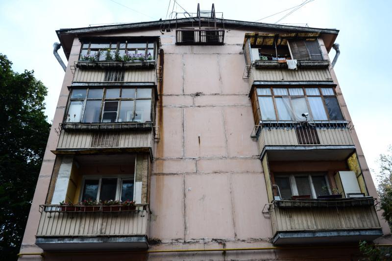 Ремонт фасадов жилых домов в Кокошкино завершат к середине ноября