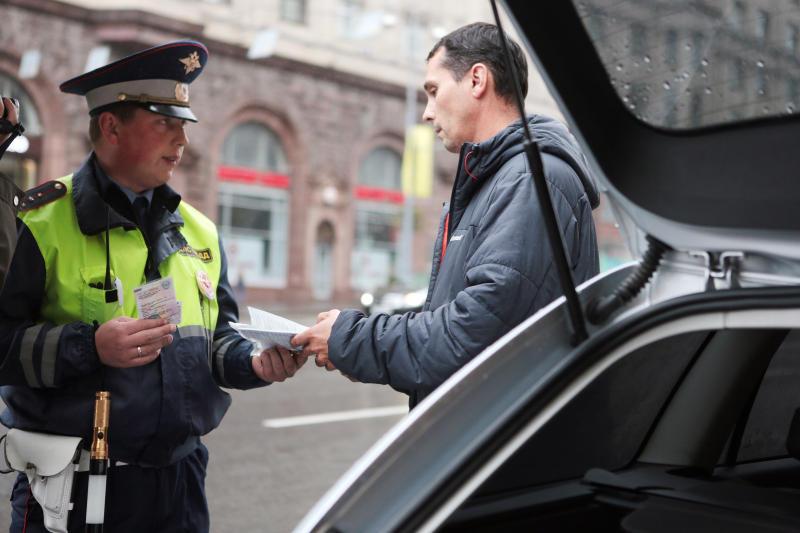 Водителя с поддельным удостоверением задержали в Новой Москве