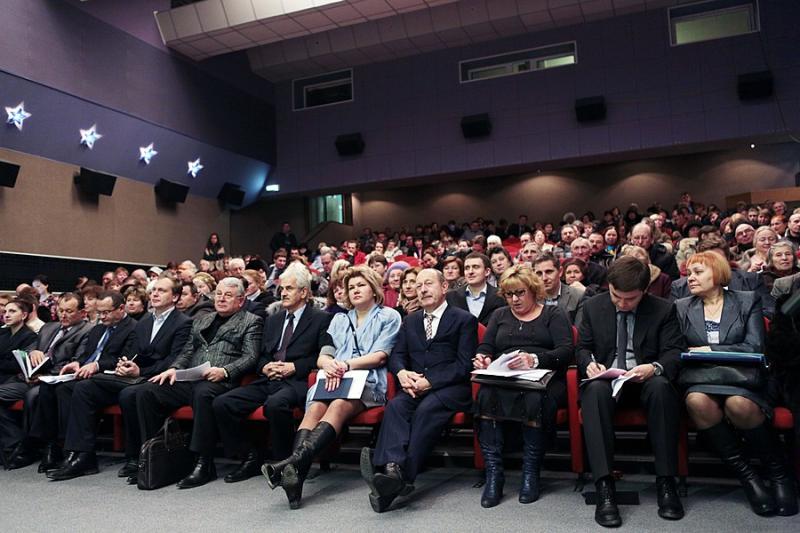 Пожарная безопасность и подготовка к зиме: повестка встреч глав администраций с новомосквичами