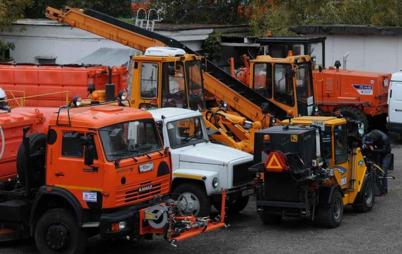 Готовность коммунальных служб к зиме проверили в Кленовском