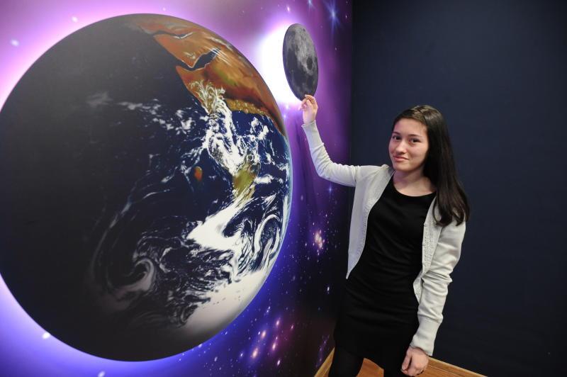 Лекцию о первом спутнике Земли прочли юным жителям Рязановского