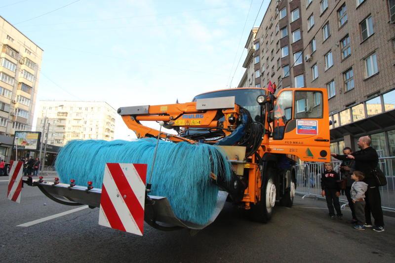 Новая техника для уборки улиц появится в Марушкинском