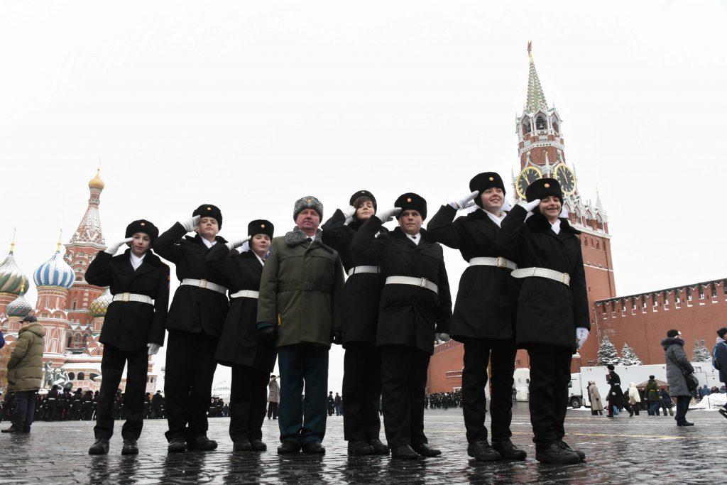 Движение транспорта ограничат в Москве
