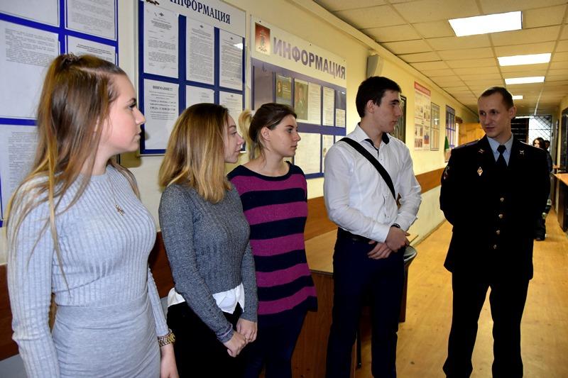 День открытых дверей для старшеклассников состоялся в отделе полиции «Московский»