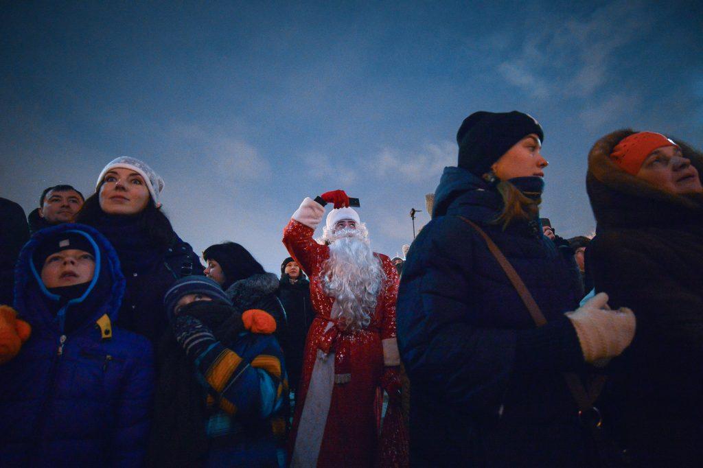 Москвичам посоветовали самим выбрать новогодние мероприятия впарках