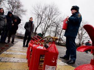 Началась подготовка к Новому году: среди ответственных за пожарную безопасность провели профилактические мероприятия. Фото: Александр Корнеев