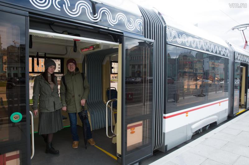 Система бесконтактной оплаты заработала в двух трамваях Москвы