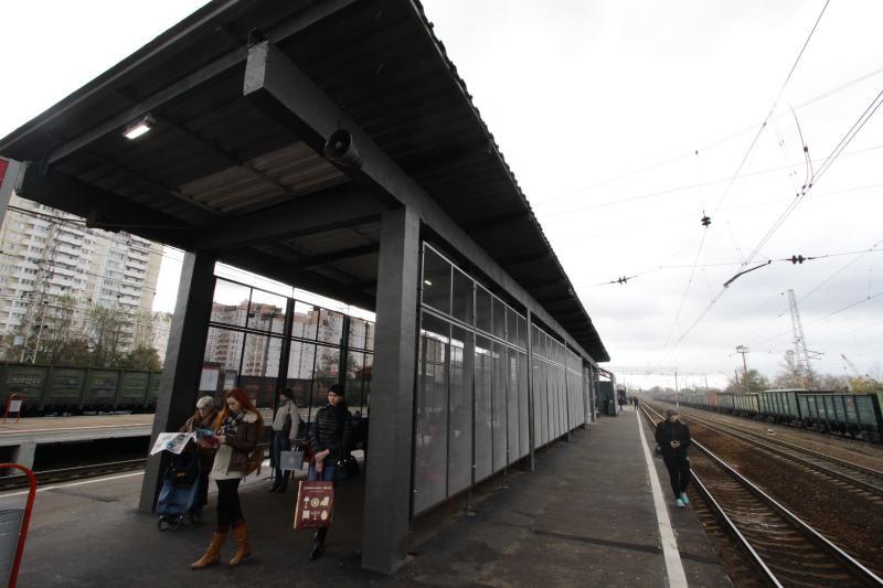 Обустройство тротуара к железнодорожной станции завершили в Новофедоровском
