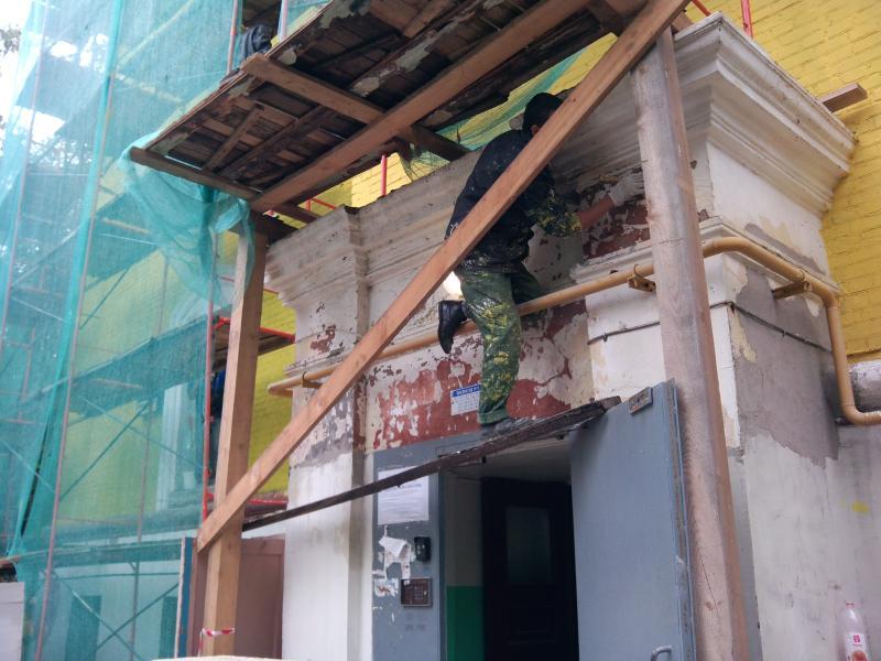 Капитальный ремонт подъездов произведут в жилых домах в Кокошкино