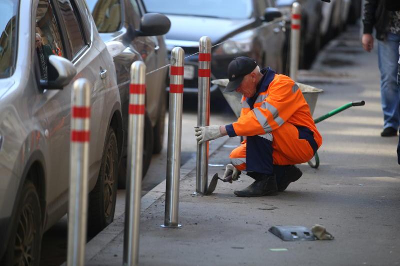 Парковочные карманы обустроят в Кленовском